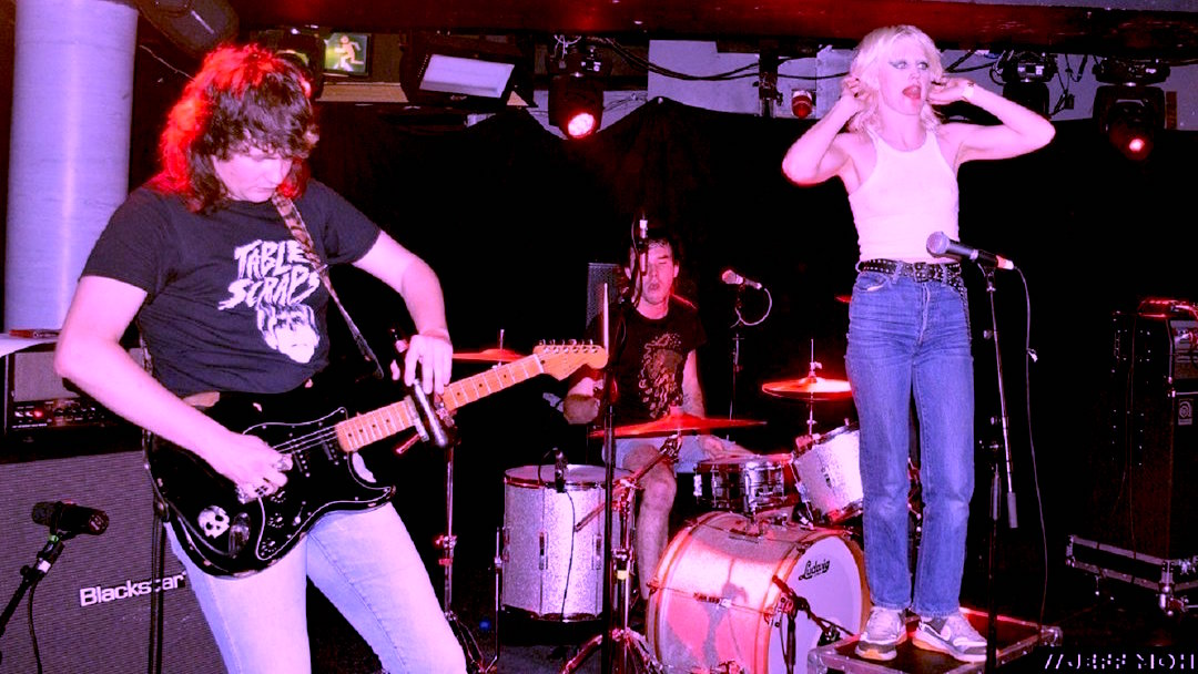 Amyl And The Sniffers. Photo Credit: Jeff Moh