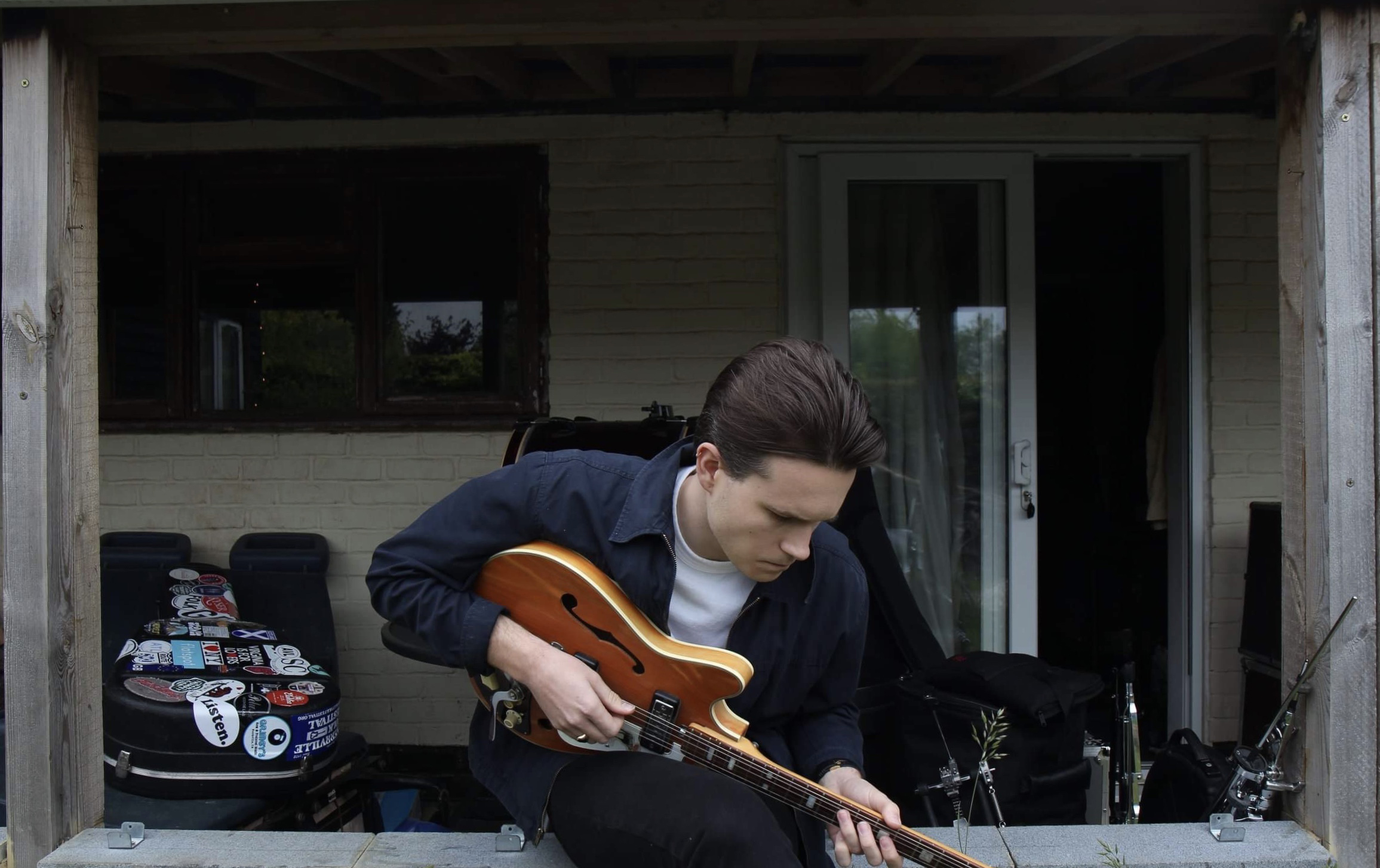 Adam Wedd, Luke Jackson and Juliet Garret Live Stream