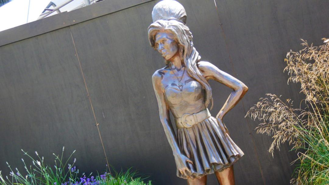 Statue of Amy Winehouse in Camden Lock Market